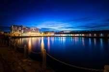 Apex City Quay Hotel offers
