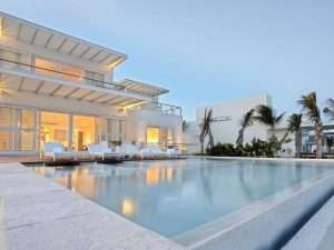 Blue Diamond Luxury Boutique Hotel offers and promotional codes updated.