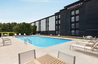 Country Inn & Suites by Radisson opens hotel in Greenville, South Carolina